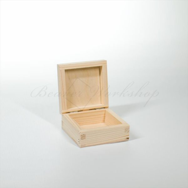 Small Square Wooden Box Beaver Workshop Wooden Boxes Laser Engraving Personalised Wooden Gifts