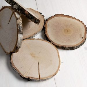 natural-log-slices-rustic-table-placements-20cm-log-slices-wedding-log-slices-510x510
