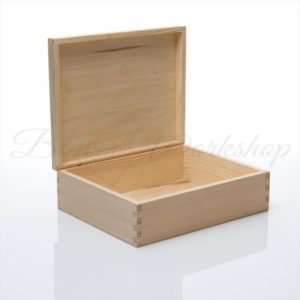 Storage box, keepsake box, plain box to decorate